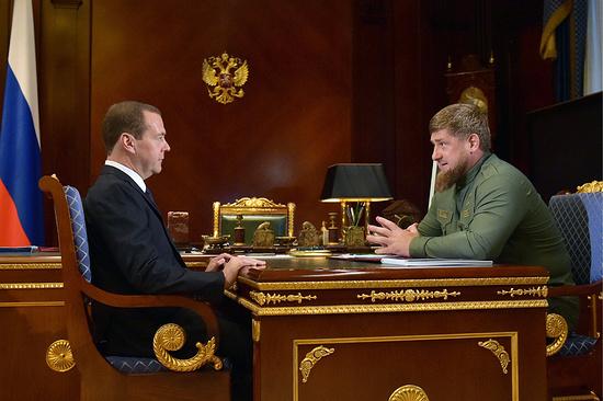 Д. Медведев провел встречу с Р. Кадыровым