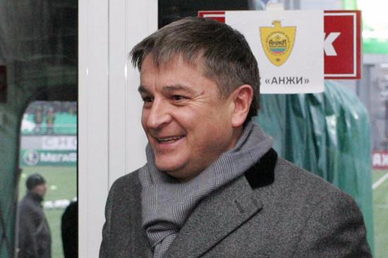 Новый хозяин «Анжи» признался вполучении клуба вподарок