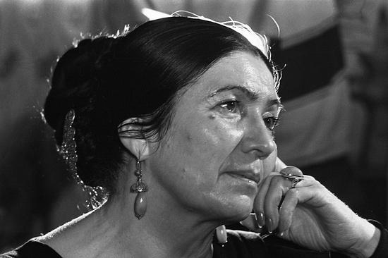 Самой яркой народной поэтессе Дагестана вДень Конституции республики откроют монумент