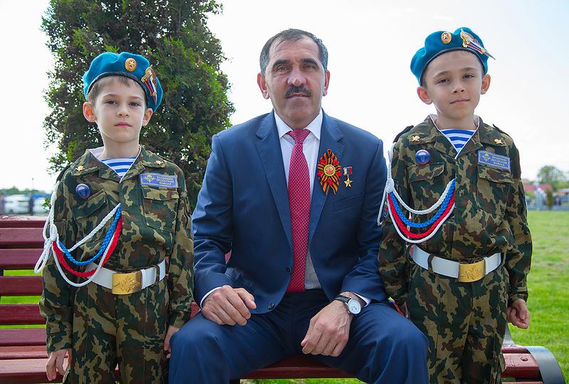Юнус-Бек Евкуров:О войне мечтают только дураки